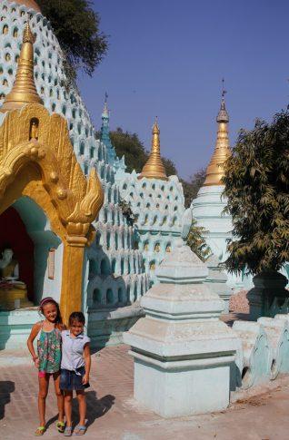 Mandalay-temple-voyage