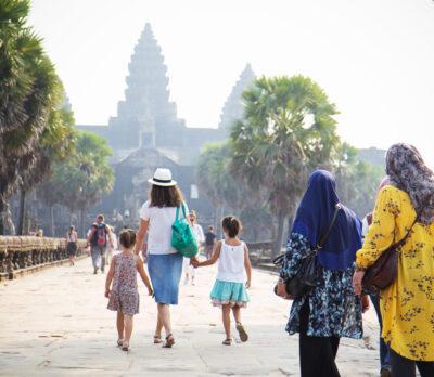 Angkor influencer travel